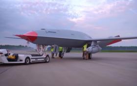 Boeing запуск дрон заправка літак